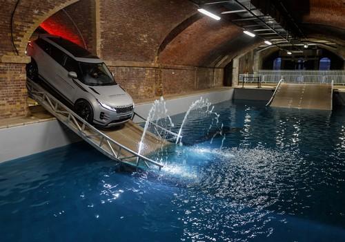 Bemutatkozott Az Uj Range Rover Evoque