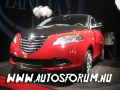 Lancia Ypsilon Black & Red