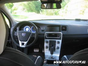 Volvo V40 műszerfal