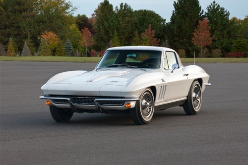1966-chevrolet-corvette-sting-ray-coupe